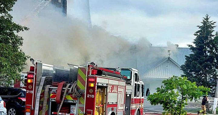 Incendie de la ferme Forget à Saint-François Laval