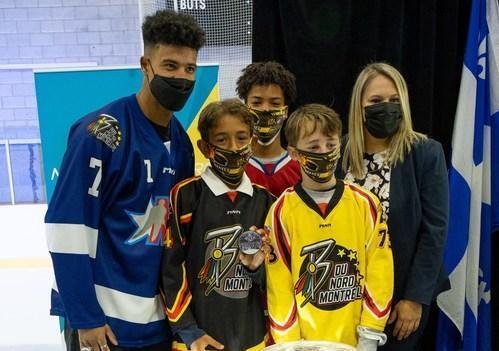 Mathieu Joseph, gagnant de la Coupe Stanley 2021, salue la persévérance et la réussite des jeunes sportifs de Montréal-Nord
